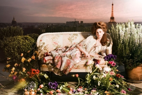 beach, chateau, couch, dawn, dusk, eiffel tower, fashion, flowers, france, girl, lounge, moda, model, packme, paris, paris skyline, photography, pink, tower, tulips, twilight
