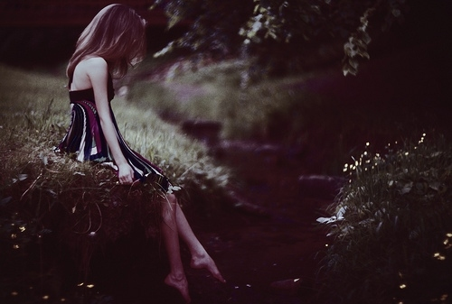 dark, delicate, down by the water, dress, fett, film