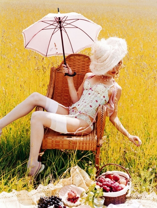 ana beatriz barros, calzones, colores, editorial, ellen von unwerth, evu, fashion, feast, food, grass, intimo, lindas, lingerie, model, outdoors, parasol, picnic, pink, ropa interior, umbrella, yellow