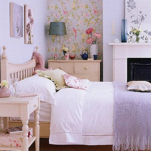 accents:lavender, arredamento, bed, bedroom, casa, colors:beige