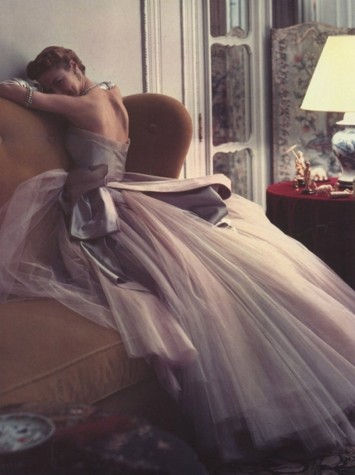 1950, beauty, dress, dresses, fashion, jean patchett, lavendar, model, norman parkinson, photograph, purpleness, vintage, vogue