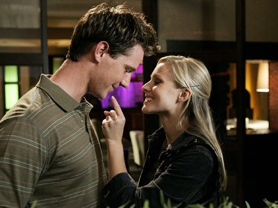 couple, cute, jason dohring, kirsten bell, logan, love, veronica, veronica mars
