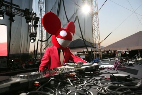 concert, costume, deadmau5, deadmaus, mask, masks, mouse, music, outdoor, red