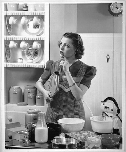 black and white, cooking, girls , kitchen, vintage