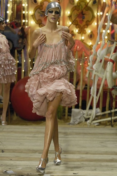 agyness deyn, dress, fashion, fashion show, galliano, john galliano, model, pink, runway