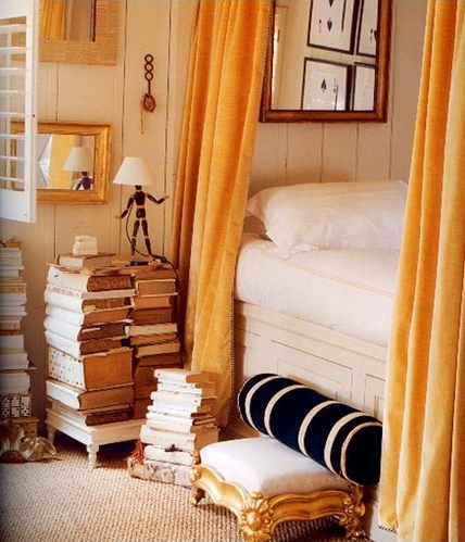 bed, bedroom, books, carpet, curtains, cushion, decor, golden, home, interior, interior design, lamp, libros, monochromatic, stool