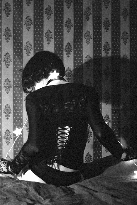 people, bg:room, black and white, corset, corsets, fetish