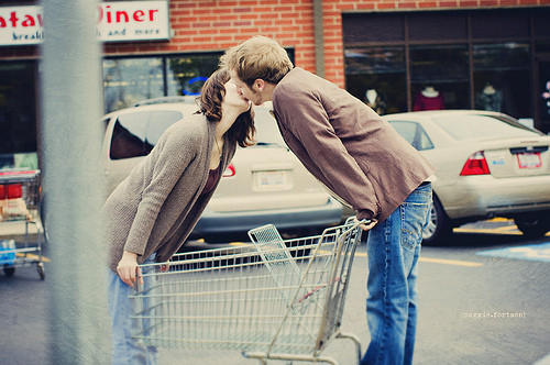 amor, coaple, couple, cute, grocery, kiss, love, shopping