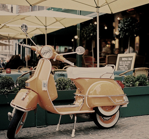 bike, cafe, classic vespa, coffee shop, cool, motor, restaurant, vespa, vintage