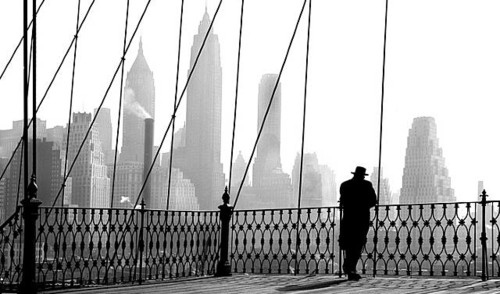 architecture, black and white, bridge, brooklyn, city, cityscape, landscape, life, man, new york, new york i luv u, nostalgie, nyc, paul himmel, people, personas, photo, photography