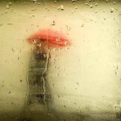 blur, brown, coat, droplet, i love rain, photograph, photography, rain, rainy, red, umbrella, umbrellas, walking, yellow