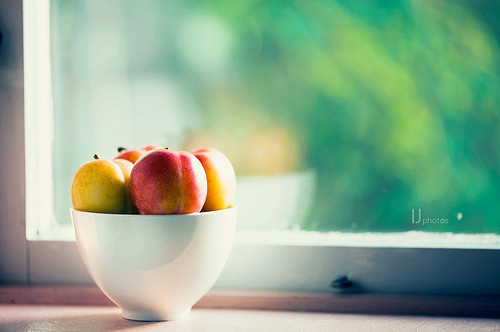 ???, ????, ?????, apple, bowl of fruit, calm, color, eat, finds, food, fresh, fruit, fruits, painterly, photography, summer, sunlight, window