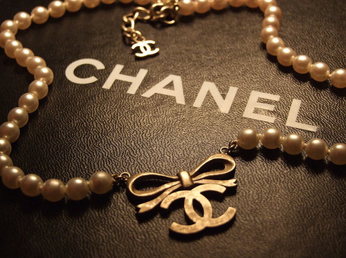 chain, chanel, cool, fashion, necklace, pearl, pearls, sexy, stylish, vintage