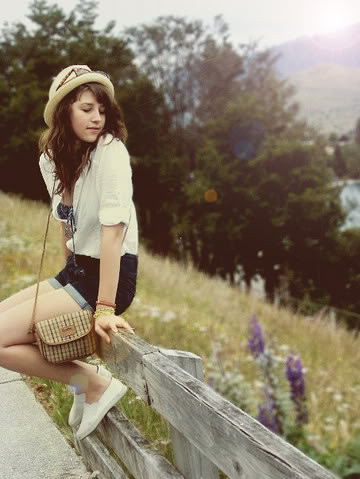 bag, beautiful, beauty, brunette, casual, colorful, creative, cute, dreamy, fashion, fashionable, garden, girl, grass, hat, hot, inspiration, legs, lonely, model, nature, party, pictures, portrait, sad, shorts, style, summer, sun, thin, think