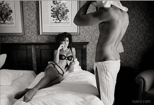 anticipation, beautiful, bed, beds, best ever, body, catrinel menghia, couple, couples, desire, erotic, feet, gesto, gesto cama, hotel, legs, lingerie, man, men, menghia, photography, pose, postura, power games, provocativo, sexy, stocking, thought