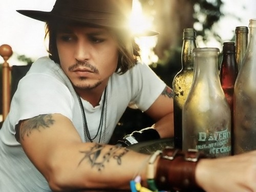actor, arm band, art, atmosphere, beard, beautiful, bonitas, bottles, depp, famous, handsome, hat, hats, hollywood, icon, ilove, johhny depp, johnny, johnny depp, men, people, pessoa, photo, photog, photography, portrait, sensual, serious, sexy, spa
