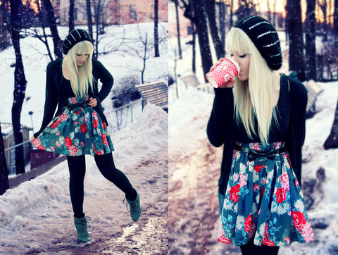 art, boots, coffe, cool, crochet, cute, dress, fashion, floral, funny, girl, people, photoshoot, snow, telefons, women, yea