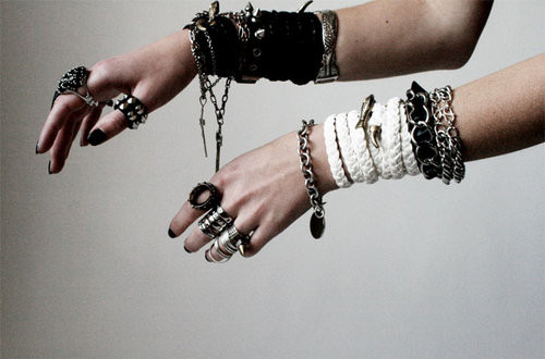 anillos, arms, bangles, beauty, black, black and white