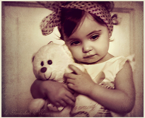 bear, child, cute, deviant, doll, girl, linda, oso, photography, portrait, sepia, teddy, tender, tierna, toddler