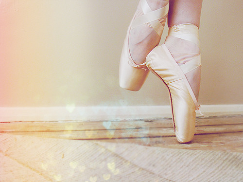 ballerina, ballet, beautiful, dance, feet, female, girl, girl in paradise, legs, photo, photography, pointe, shoes, view, white, woman