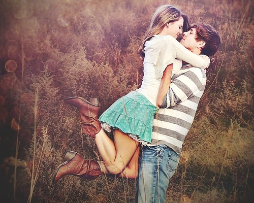 cilv?kdaba, close, couple, cute, embrace, feild, girl, guy, hug, inspiration, inspire, kiss, kiss 2 heart, lifted in the air, lkj, love, nature, photography, portrait, sirds, teen life