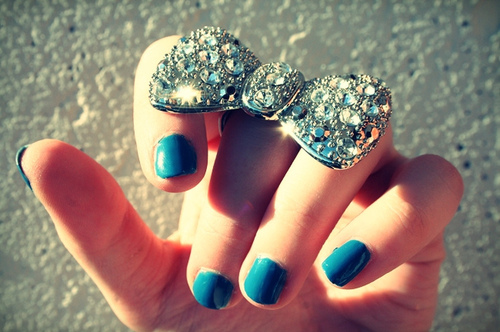 anel, bow, nail polish, nails, ring, strass