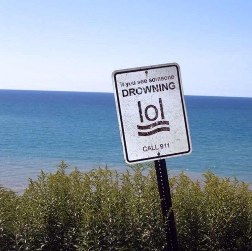 different-drowning-funny-graphics-humor-lol-Favim.com-40450.jpg