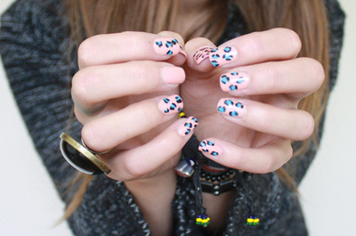 animal print, blue, cheetah, cool, cute, fingers, girl, hands, leopard, manicure, nails, pink, ring, sweater
