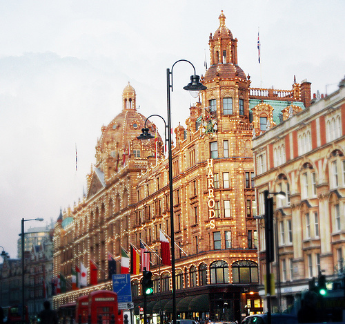 england, flags, golden, harrods, london, photograph, street, streetlights, telephone box