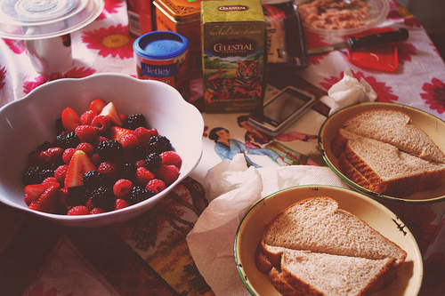 berries, bread, breakfast, food, naise, photography