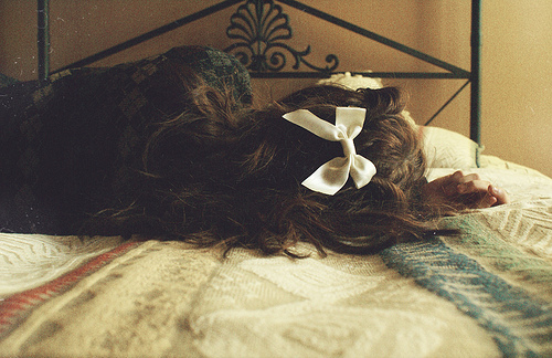 bed, bow, girl, hair, pretty