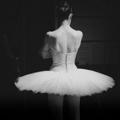 Black And White Ballet Dancer. bamp;w, allet, lack and white,