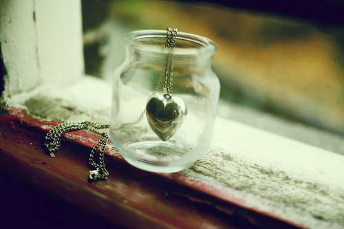 heart, jar, necklace, runawaylove.blogg.no, vintage, window