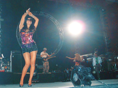 beautiful, concert, concierto, cuidado con el angel, fashion, girl, hair, hot, lady, latin, light, live, maite perroni, mexican, mexico, mi pecado, mujeres assesinas, music, rbd, sexy, show, triunfo del amor, woman