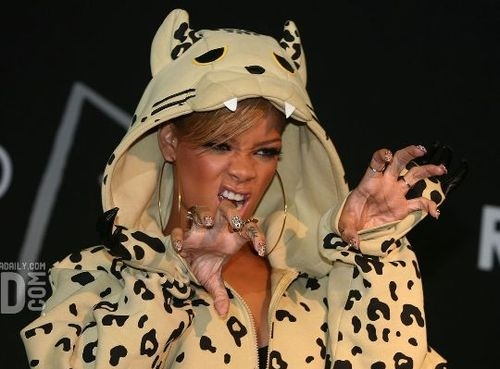 its rihanna dumbass, rawr, rhiana, ri-ri, rihanna, separate with comma