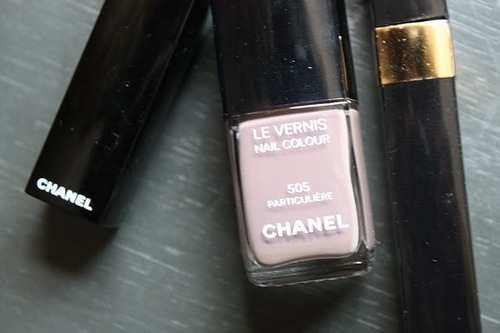 chanel, lipstick, make up, mascara, nailpolish, runawaylove.blogg.no