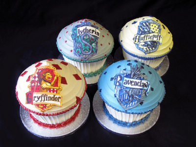 cakes, cucakes, gryffindor, harry potter, hufflepuff, muffins, ravenclaw, slytherin, wow