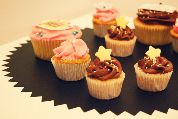 cupcakes, girly, photo, valentine, yummy
