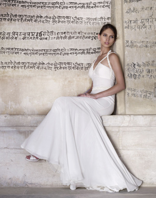 amanda wakeley , bridal, bride, devanagari, dress, fashion