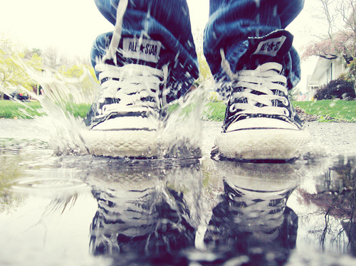 #lalol(:, all star, jeans, puddle, rain, reflection