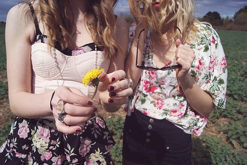clothes, cute, fashion, floral, girls, nature, skinny, sun, vintage