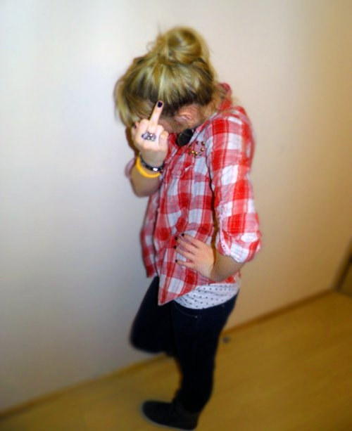 blond, blouse, body, clothes, dots, fashion, finger, fuck, girl, hair, hide, nails, pants, red, shoes
