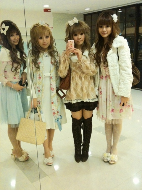 girls in japan, gyaru, hime, hime gyaru, japan, japanese style, lolita