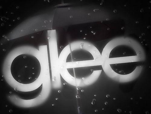 black and white, bubbles, dark, dianna agron, glee, lea michelle, light, rachel berry, rain, umbrella