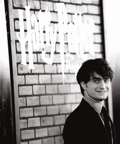 black and white, boy, cute, daniel radcliffe, harry potter