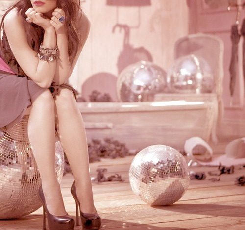 demi lovato, disco ball, disco balls, fashion, girl, glitter, photography, pretty, sparkle