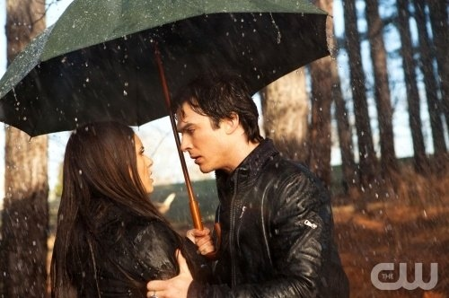 couple, cute, damon salvatore, elena gilbert, ian somerhalder