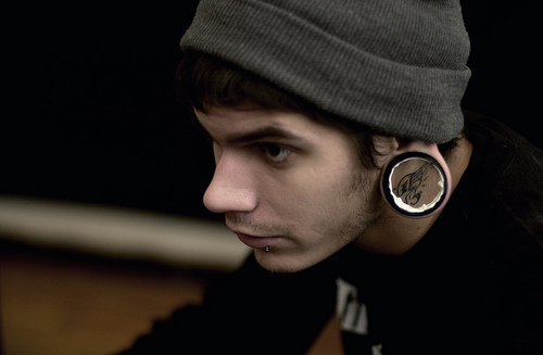 alargador, boy, horrendo, hot, piercing, spacers, tattoo