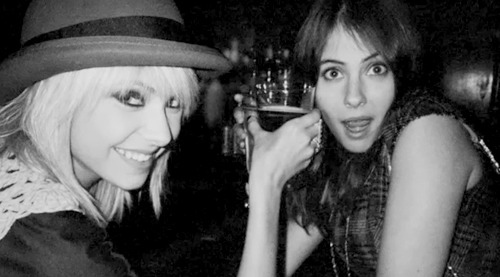 black and white, drinks, gossip girl, party, taylor momsen