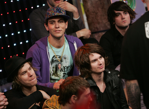 cobra starship, friends, gabe saporta, michael guy chislett, nate novarro